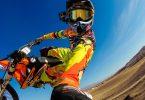 Camera casque gopro sur motocross et prise de vue perche