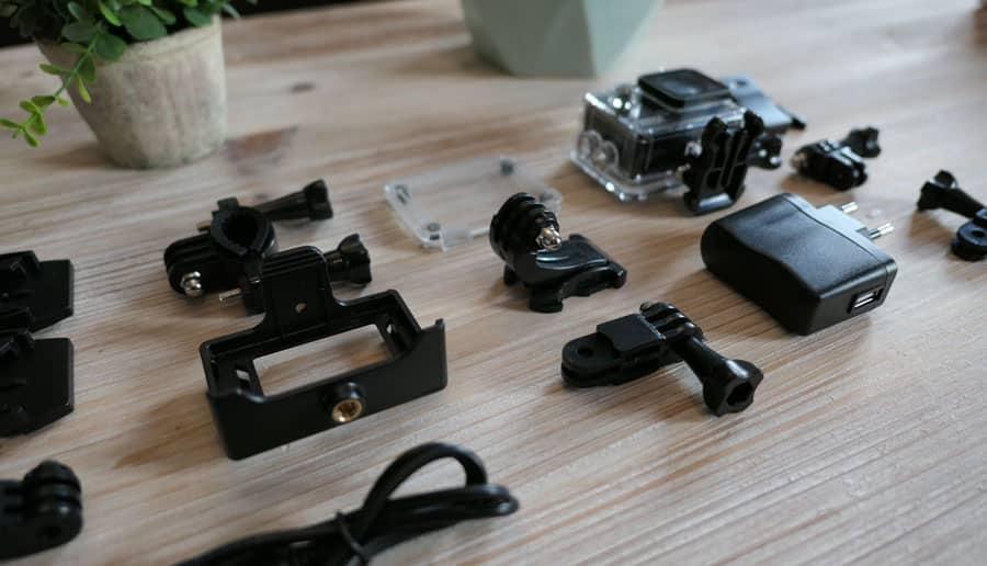 accessoires livrés avec la neocam xpro 2